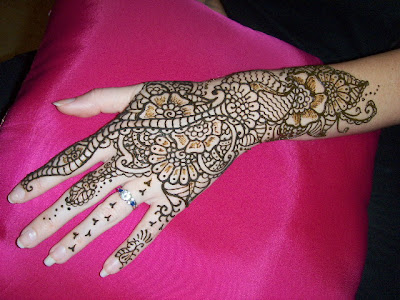 skin preparation for henna mixture application to hand